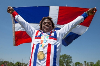Italy and the Dominican Republic claim inaugural Kiteboarding Gold Medals at the Youth Olympic Games Sailing Competition